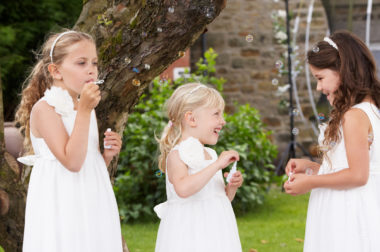 Esküvői gyermekfelügyelet